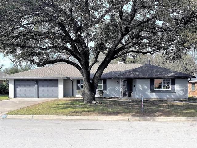 5904 Wonder Drive, Fort Worth, TX 76133 (MLS #14279098) :: The Paula Jones Team | RE/MAX of Abilene