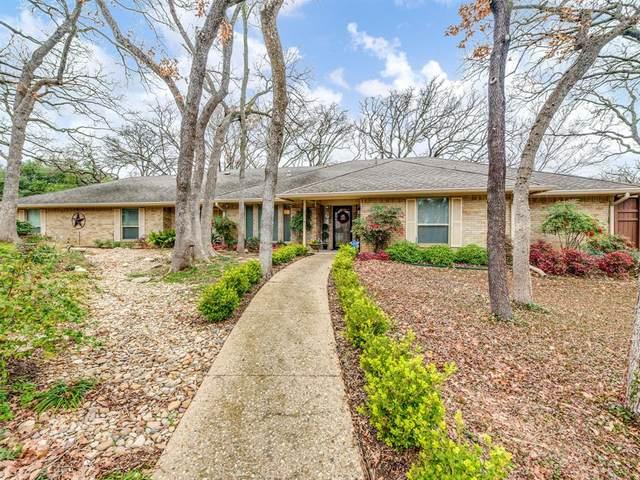 526 Franklin Drive, Arlington, TX 76011 (MLS #14279744) :: Trinity Premier Properties