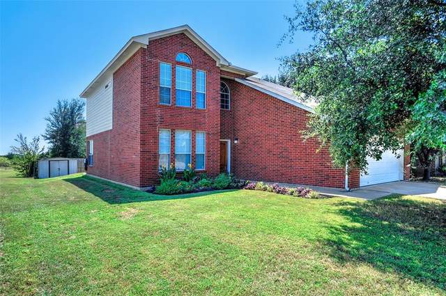 3508 Austin Street, Gainesville, TX 76240 (MLS #14279855) :: The Kimberly Davis Group
