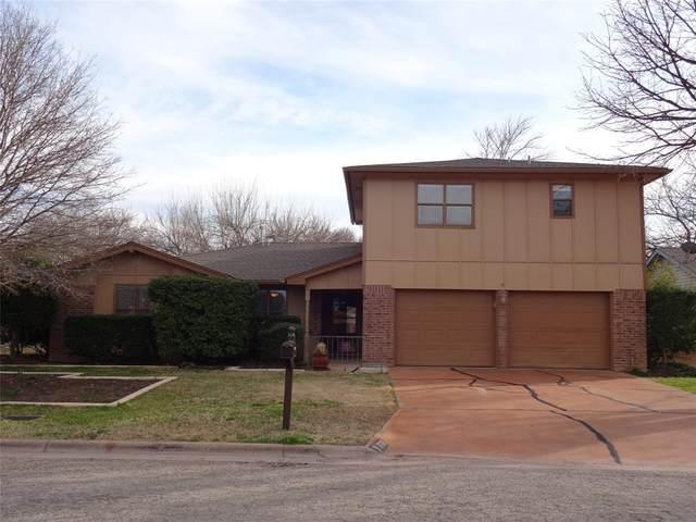 3025 Cherry Bark Street, Abilene, TX 79606 (MLS #14280025) :: Frankie Arthur Real Estate