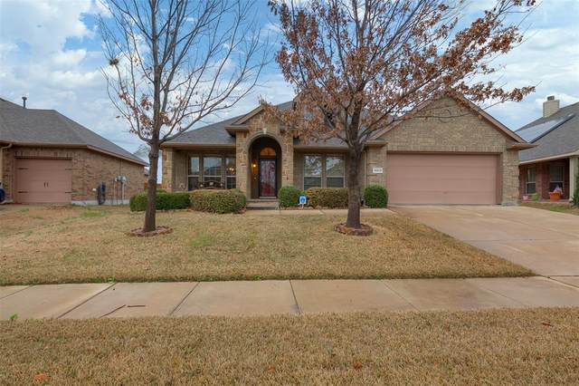 14013 Saddlesoap Court, Fort Worth, TX 76052 (MLS #14280087) :: Potts Realty Group