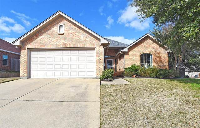 5008 Saddle Trail, Sanger, TX 76266 (MLS #14280226) :: Team Tiller