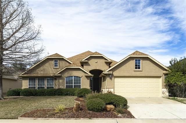 9512 Grandview Drive, Denton, TX 76207 (MLS #14280254) :: Real Estate By Design