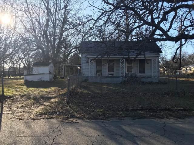 2300 S Scullin Avenue, Denison, TX 75020 (MLS #14280341) :: Team Tiller