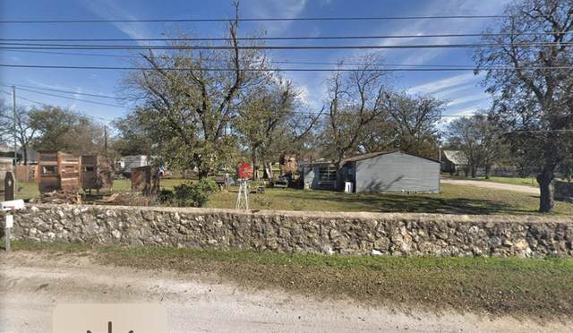 608 S Austin, Comanche, TX 76442 (MLS #14280516) :: RE/MAX Landmark