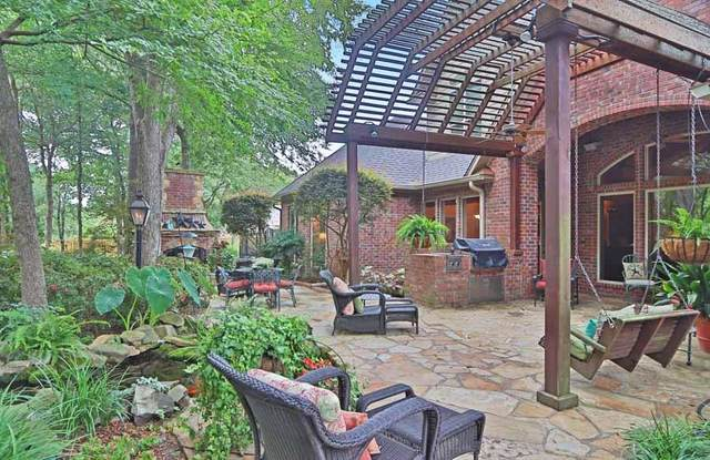 3815 Woods Boulevard, Tyler, TX 75707 (MLS #14280636) :: The Kimberly Davis Group