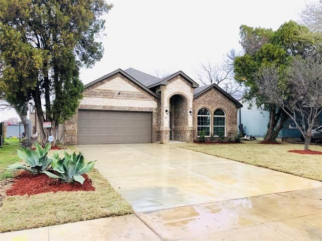 903 Forrestal Drive, Arlington, TX 76010 (MLS #14280660) :: The Kimberly Davis Group