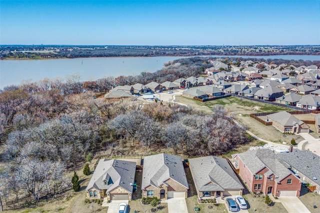 2020 Lake Vista Drive, Little Elm, TX 75068 (MLS #14280816) :: All Cities Realty