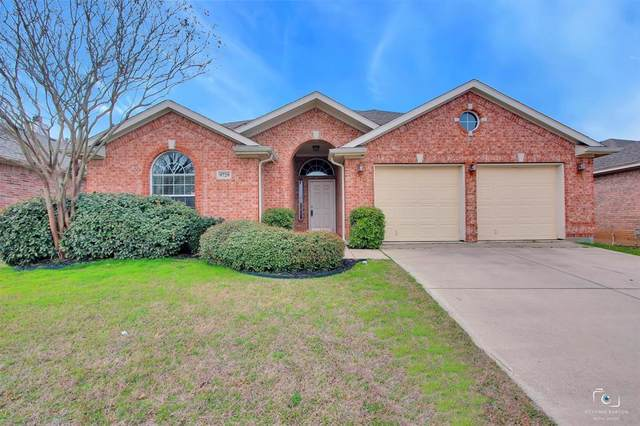 9729 Burwell Drive, Fort Worth, TX 76244 (MLS #14280938) :: Real Estate By Design