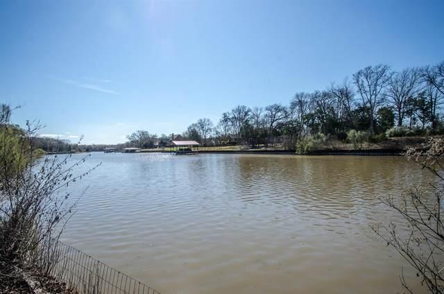 L 435 Waters Edge Drive, Corsicana, TX 75109 (MLS #14281343) :: Tenesha Lusk Realty Group