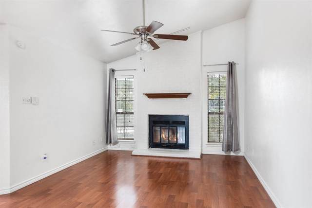 1900 Chasewood Circle #202, Arlington, TX 76011 (MLS #14281352) :: Trinity Premier Properties
