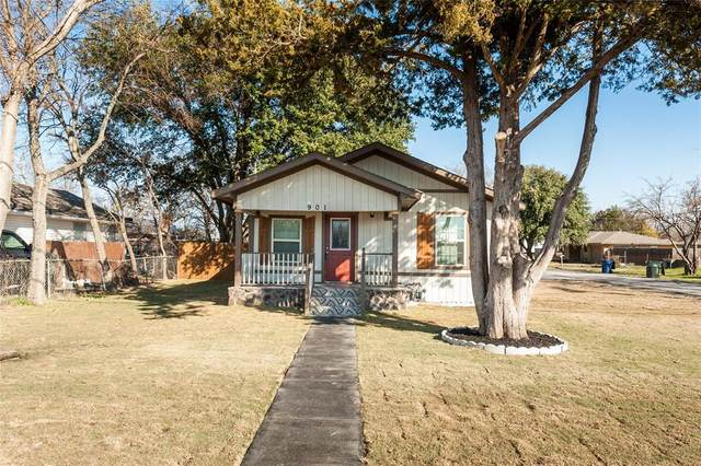 901 Peach Street, Sanger, TX 76266 (MLS #14281438) :: Team Tiller