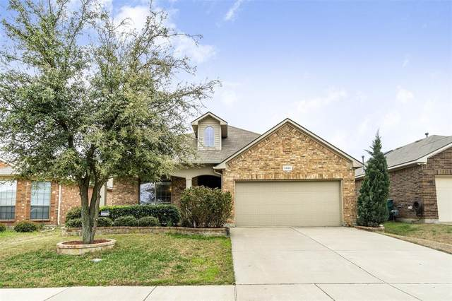 5505 Grayson Ridge Drive, Fort Worth, TX 76179 (MLS #14281760) :: NewHomePrograms.com LLC
