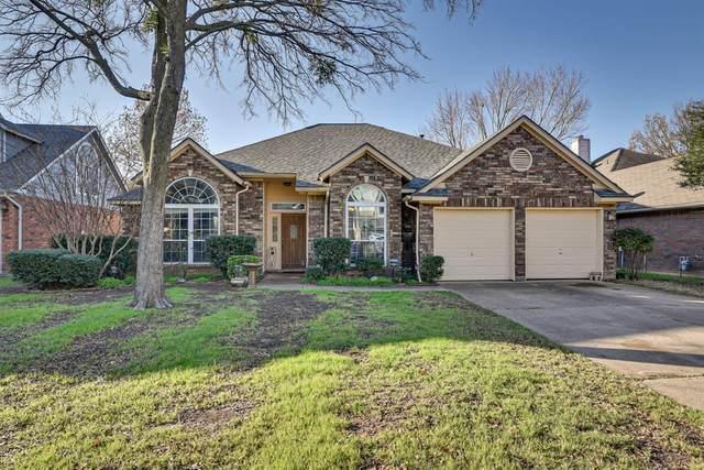 2206 S Branch Drive, Arlington, TX 76001 (MLS #14281882) :: Potts Realty Group