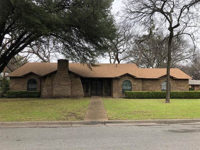 8436 Marys Creek Drive, Benbrook, TX 76116 (MLS #14281953) :: Hargrove Realty Group