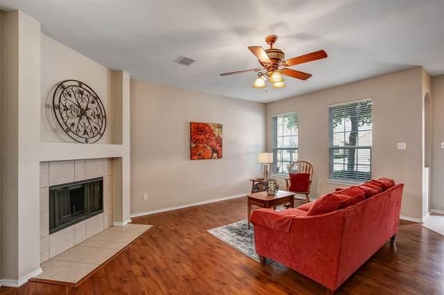 6105 Photinia Avenue, Denton, TX 76208 (MLS #14282121) :: The Mauelshagen Group