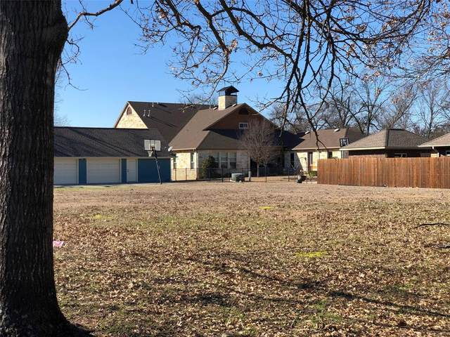Lot 2 Lindsay, Gainesville, TX 76240 (MLS #14282170) :: The Kimberly Davis Group