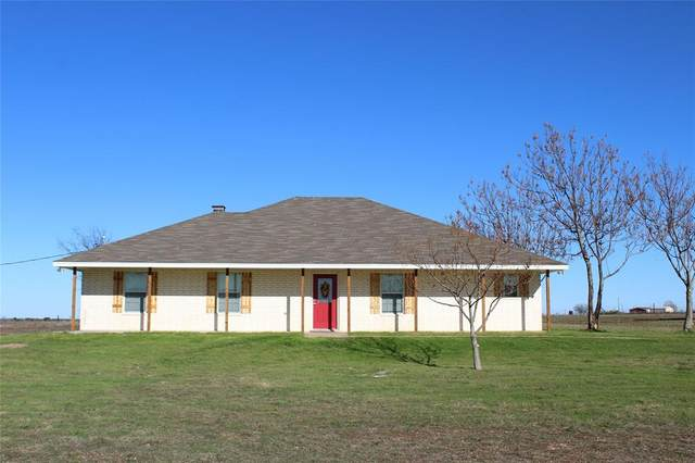 2540 Wolf Lane, Valley Mills, TX 76689 (MLS #14282529) :: All Cities Realty