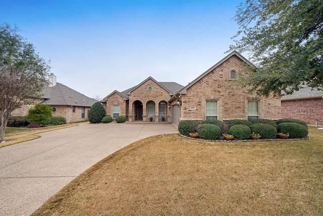 10921 Golfview Way, Benbrook, TX 76126 (MLS #14282560) :: Baldree Home Team
