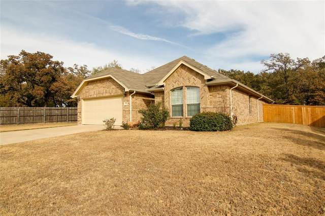 2101 Caroline Drive, Weatherford, TX 76087 (MLS #14282671) :: Team Hodnett