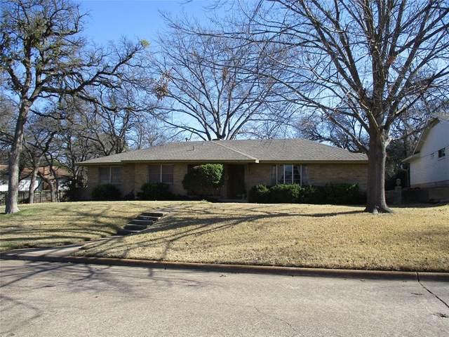 807 Hampshire Street, Grand Prairie, TX 75050 (MLS #14282835) :: Ann Carr Real Estate