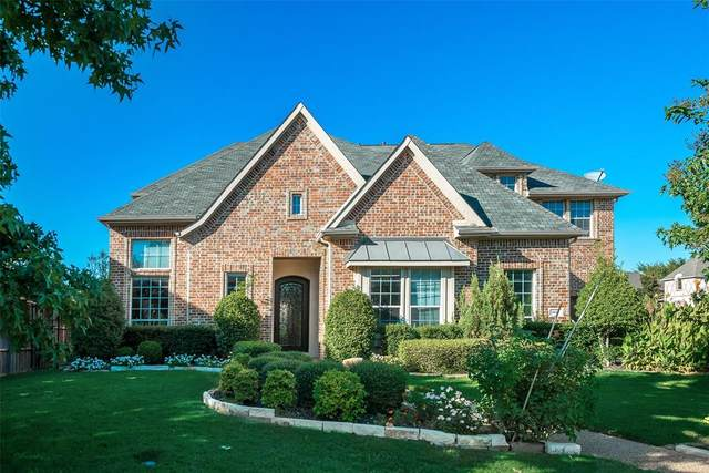 4613 Meadow Ridge Drive, Plano, TX 75093 (MLS #14282861) :: The Real Estate Station