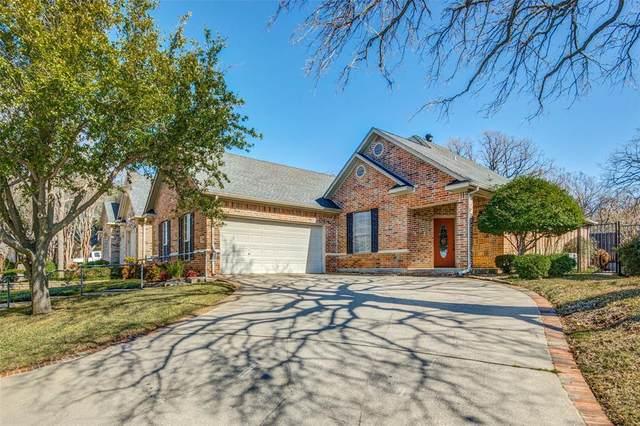 908 Ellison Park Circle, Denton, TX 76205 (MLS #14282885) :: Ann Carr Real Estate
