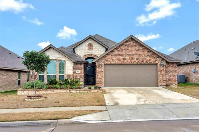 5932 Paddlefish Drive, Fort Worth, TX 76179 (MLS #14283062) :: NewHomePrograms.com LLC