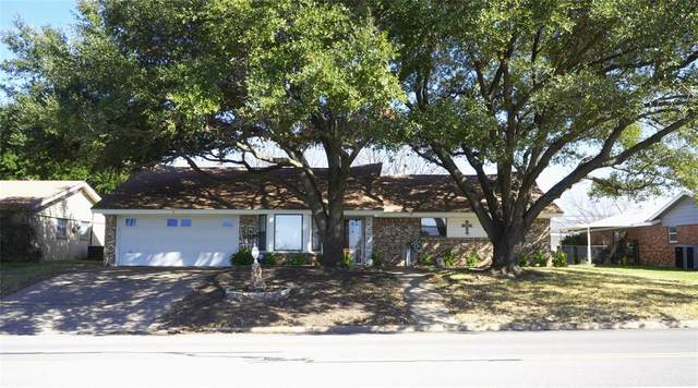 411 Wilshire Drive, Euless, TX 76040 (MLS #14283475) :: The Chad Smith Team