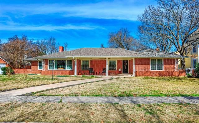 115 E Church Street, Gainesville, TX 76240 (MLS #14283610) :: The Kimberly Davis Group