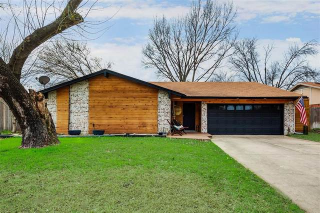2913 Murphy Drive, Bedford, TX 76021 (MLS #14283859) :: The Kimberly Davis Group