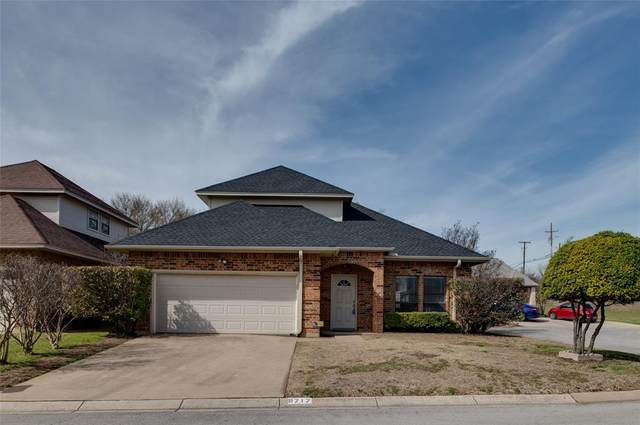 9717 Lea Shore Court, Fort Worth, TX 76179 (MLS #14283949) :: Trinity Premier Properties