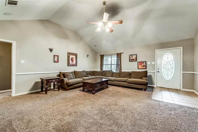 349 Westshore Drive, Wills Point, TX 75169 (MLS #14284266) :: Keller Williams Realty