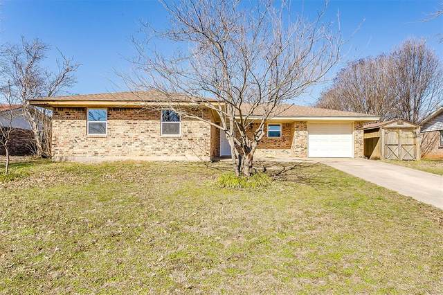 1504 Linda Street, Bowie, TX 76230 (MLS #14284374) :: The Heyl Group at Keller Williams