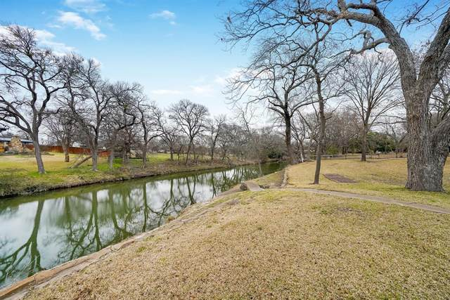 9812 Creekside Drive, Fort Worth, TX 76126 (MLS #14284581) :: The Tierny Jordan Network