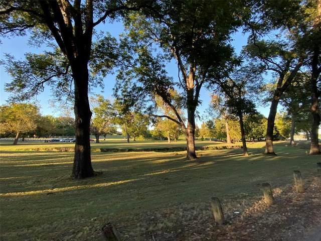 6812 Huff Trail, Dallas, TX 75214 (MLS #14284589) :: NewHomePrograms.com LLC