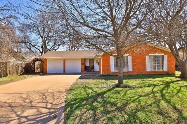 2501 Elmwood Drive, Abilene, TX 79605 (MLS #14285752) :: The Heyl Group at Keller Williams