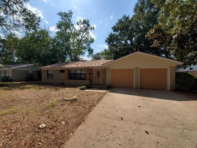 904 Sherwood Dr., Arlington, TX 76013 (MLS #14285799) :: Robbins Real Estate Group