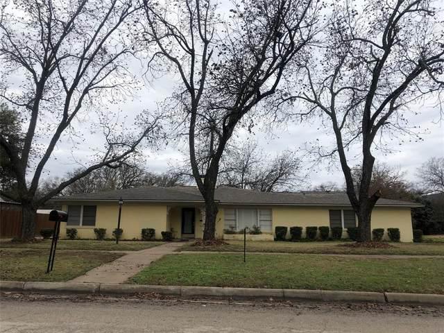1328 Carolina Street, Graham, TX 76450 (MLS #14285800) :: The Kimberly Davis Group