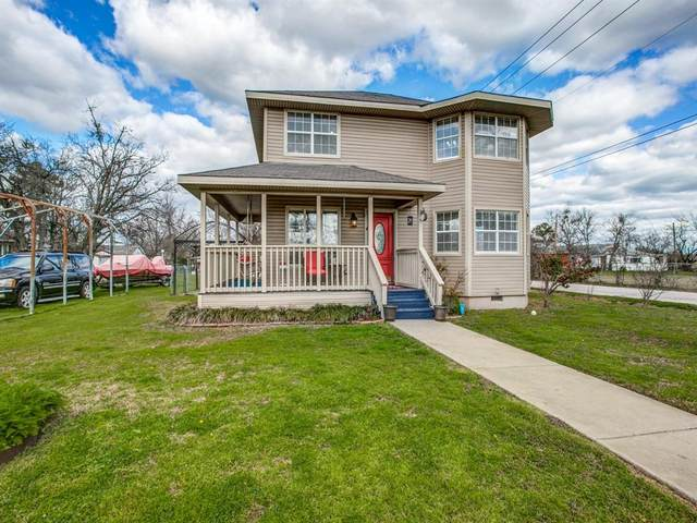 209 Stallings Street, Terrell, TX 75160 (MLS #14285863) :: The Kimberly Davis Group