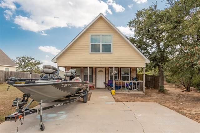 11005 Shady Oaks Drive, Runaway Bay, TX 76426 (MLS #14285918) :: The Kimberly Davis Group