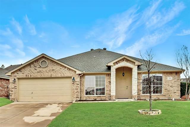 1024 Linden Drive, Burleson, TX 76028 (MLS #14285967) :: The Good Home Team