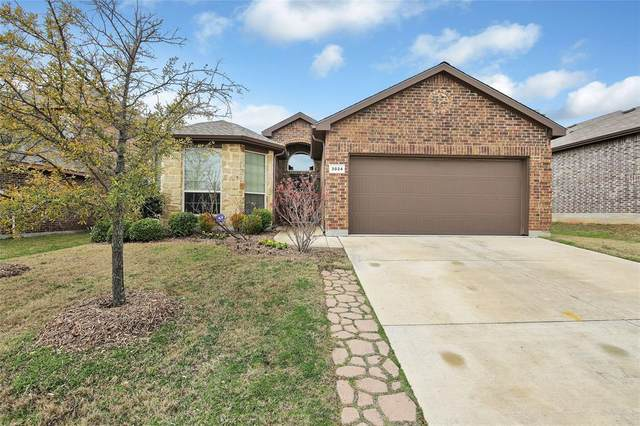 3024 Maple Creek Drive, Fort Worth, TX 76177 (MLS #14286079) :: Real Estate By Design