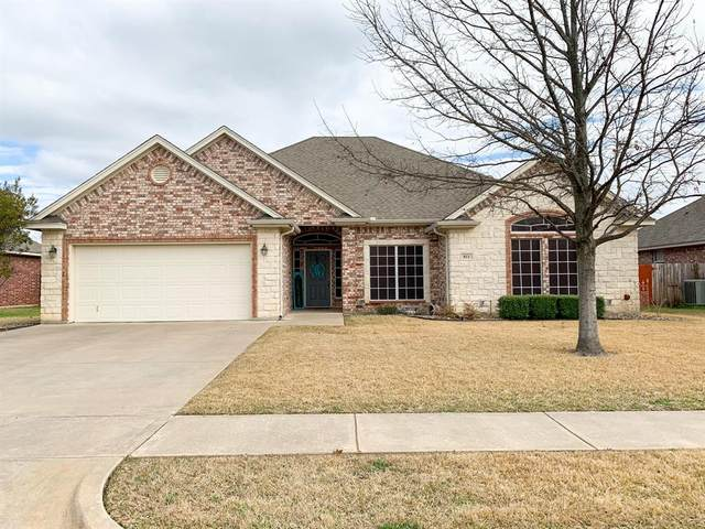 811 Bent Wood Lane, Cleburne, TX 76033 (MLS #14286266) :: Potts Realty Group