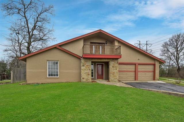 2013 Rock Creek Drive, Grand Prairie, TX 75050 (MLS #14286365) :: The Paula Jones Team | RE/MAX of Abilene