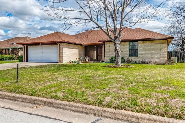 824 Ridgeview Drive, Burleson, TX 76028 (MLS #14286542) :: The Good Home Team