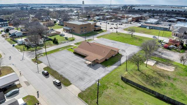 210 N Pine Street, Roanoke, TX 76262 (MLS #14286601) :: Premier Properties Group of Keller Williams Realty