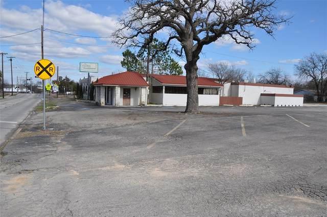 1044 W Washington Street, Stephenville, TX 76401 (MLS #14286622) :: The Chad Smith Team