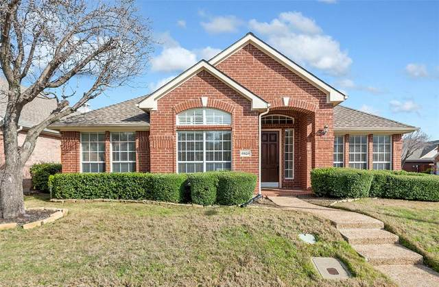 8920 Lakewood Drive, Irving, TX 75063 (MLS #14286861) :: All Cities Realty
