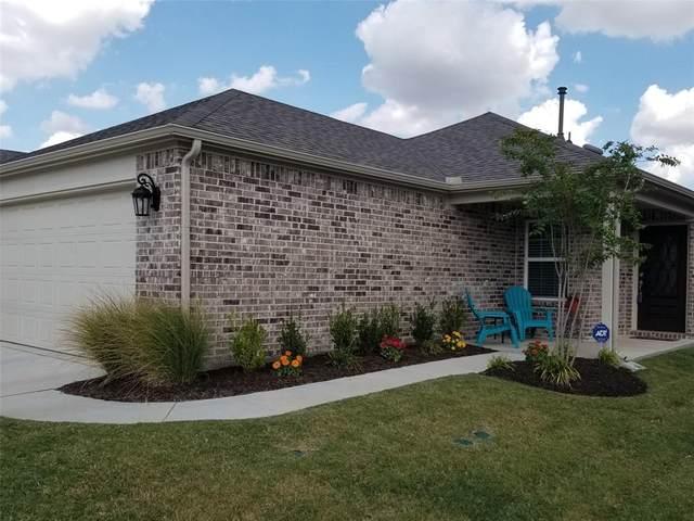 8748 Twin Pines Lane, Frisco, TX 75036 (MLS #14287010) :: Justin Bassett Realty